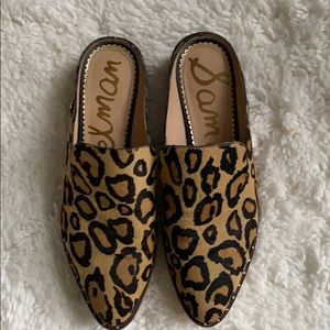 Sam Eldeman Leopard Gold Stud Pointes Toe Slides